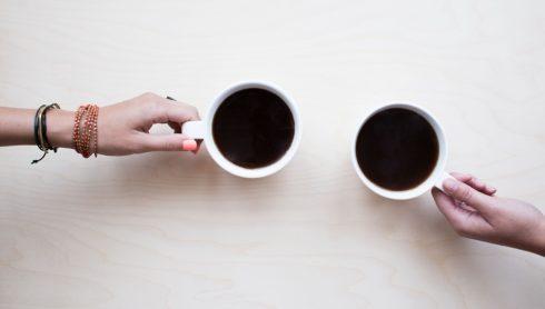 Maidin Caife - Caffe Noto, Sráid San Tomás
